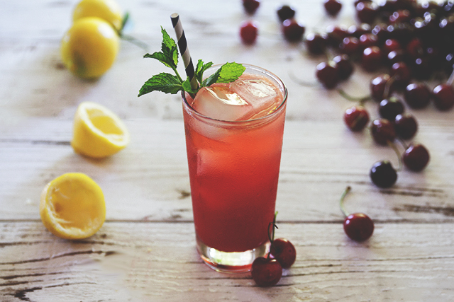 bourbon_cherry_lemonade
