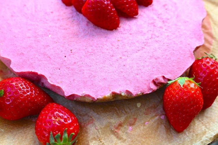 vegan strawberry 'cheese'cake